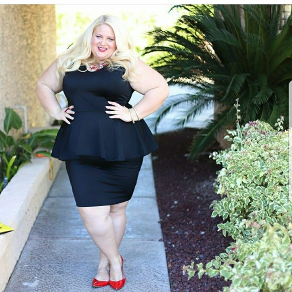 Dresses & Skirts - Black stretch PEPLUM dress
